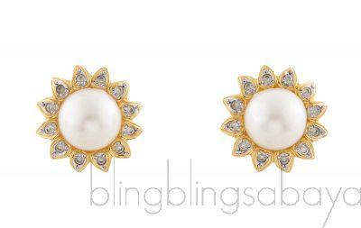 Pearl Floral Clip Earrings