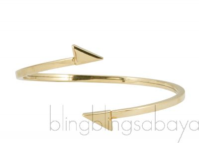 Arrow Gold Tone Bracelet*
